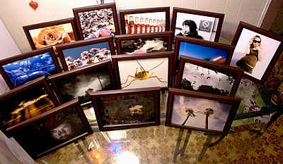 sixteen wonderful photos in frames